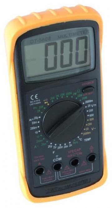 Skytronic multimeter meten